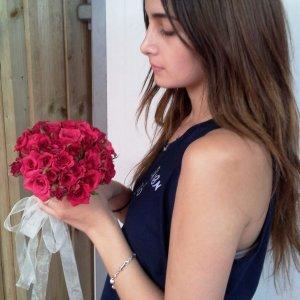 זר כלה ורד אדום