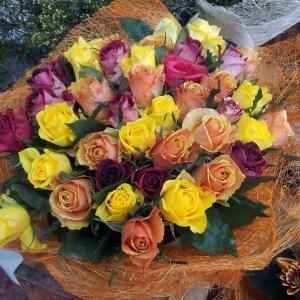 זר ורדים מעורב