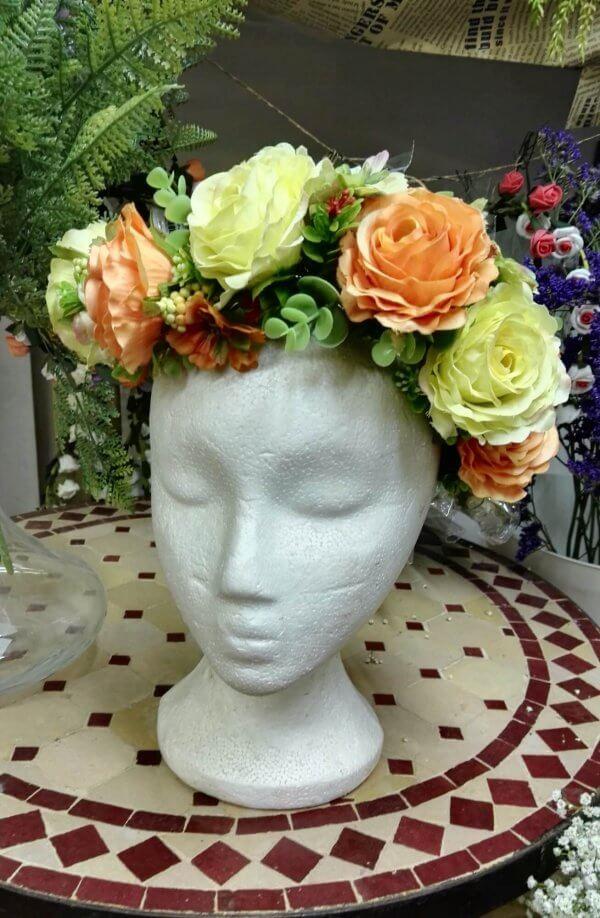 זר פרחים לראש מלאכותי ורדים