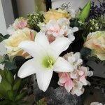 ר פרחי משי שושן צחור הורטנסיה ורדים